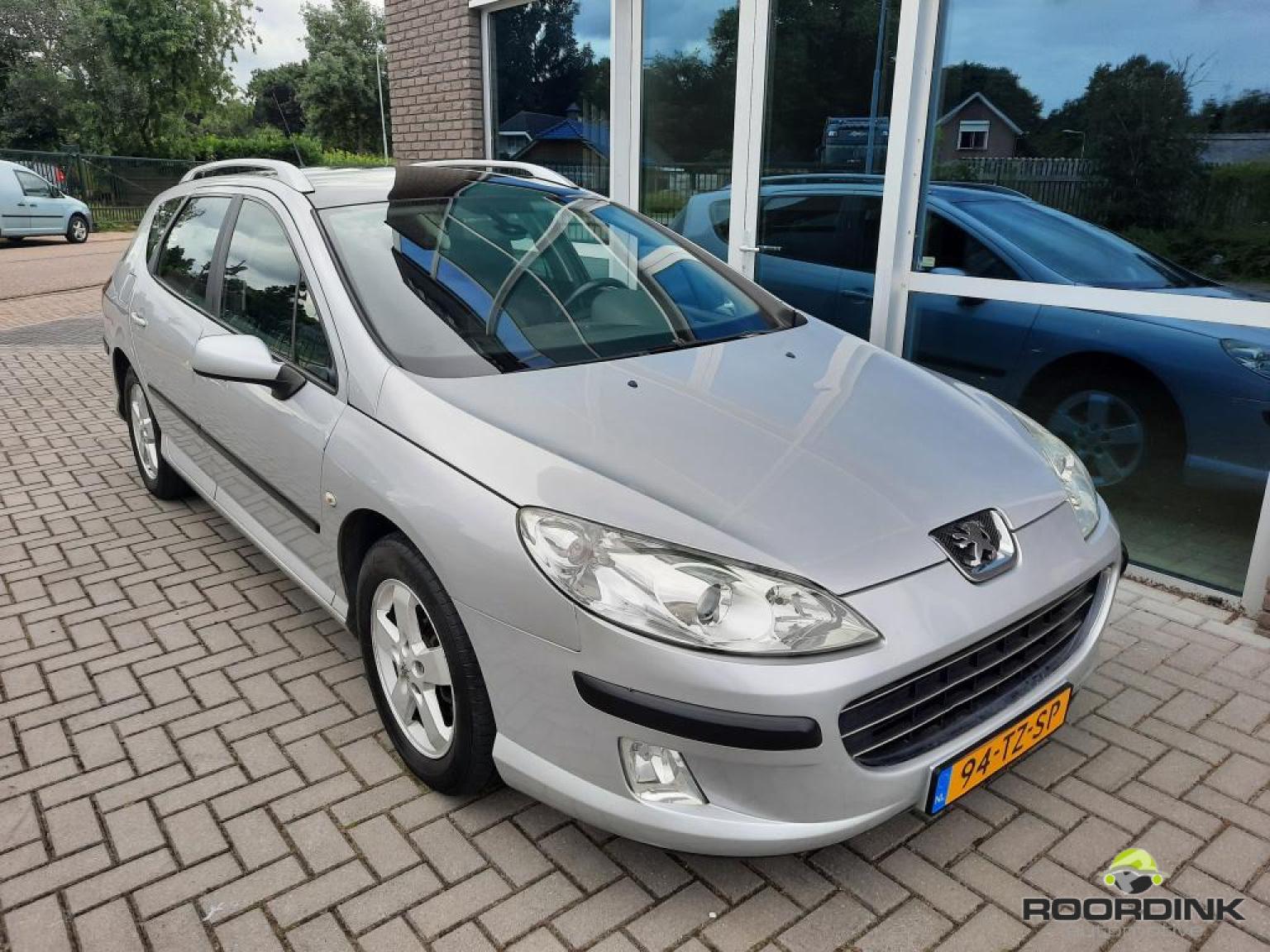 Peugeot-407-5