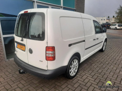 Volkswagen-Caddy Maxi-3