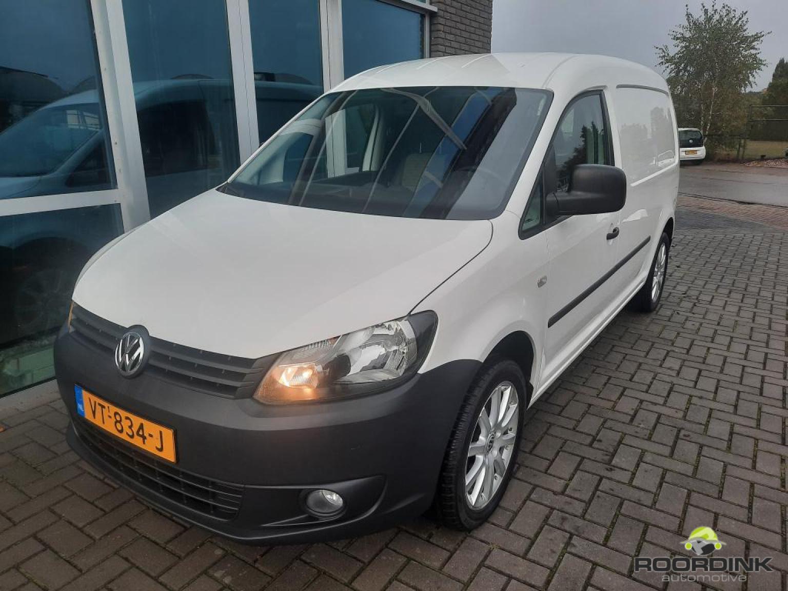 Volkswagen-Caddy Maxi-5