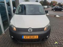 Volkswagen-Caddy Maxi-12
